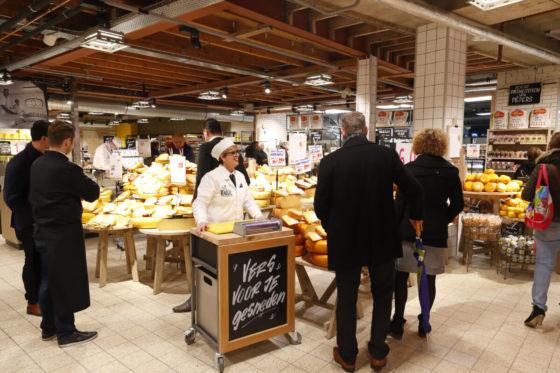 Omzet supermarkten stevig omhoog in maart