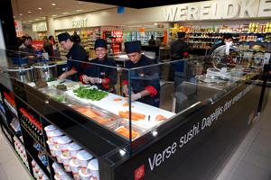 AH start met Sushi Daily counter