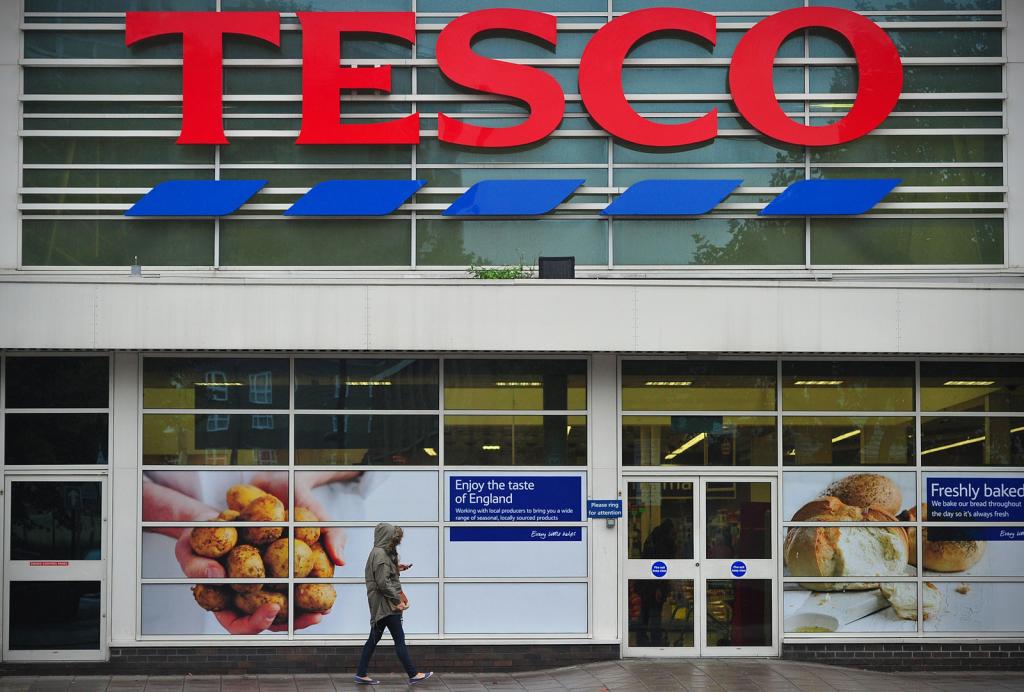 'Honderden Tesco-winkelmanagers op straat'