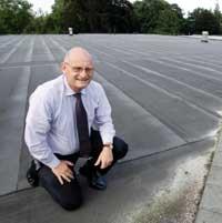 Ondernemer denkt aan gebruik zonnepanelen