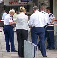 Politie pakt plunderaars Albert Heijn op
