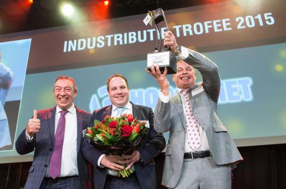 Industributie Dgs Coca Cola En Hoogvliet Winnen