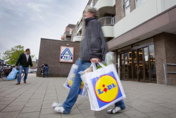 IRI: Marktaandeel discounters gedaald