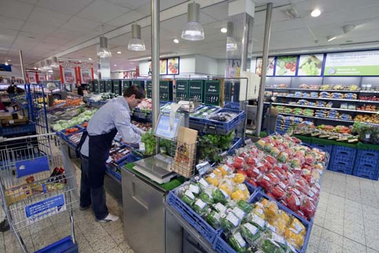 Attachment 007 food image dis143993i07