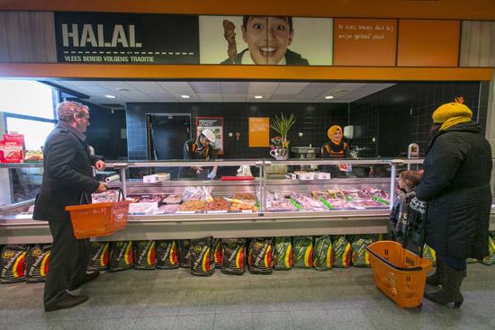 Coop lanceert halalslagerij in Den Haag