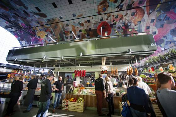'Rotterdamse Markthal mislukt als versmarkt'