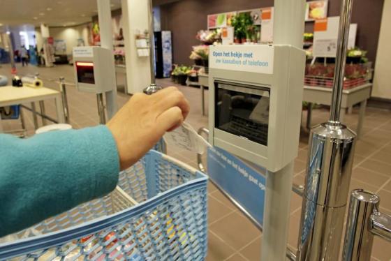 'Zelfscan kost supermarkten 2,4 procent omzet'