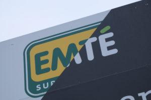 Nieuwe en oude logo Emté.