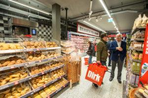 Gewonden bij overval Dirk in Amsterdam