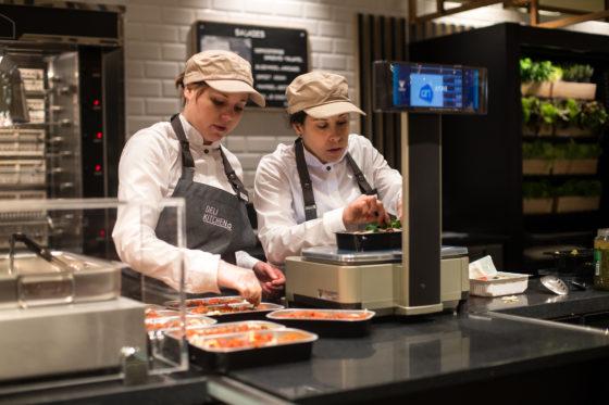 Café en restaurant bij grotere Albert Heijns