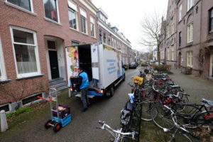 AH opent 5e Home Shop Center in Amsterdam