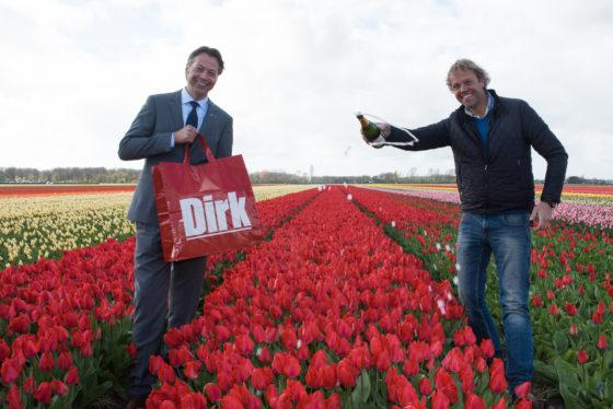 Dirk presenteert eigen tulp