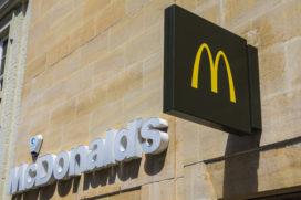 McDonald's gaat afval uit prullenbak recyclen