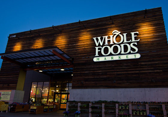 Amazon koopt voor miljarden Whole Foods