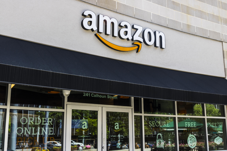 Waarde Amazon Breekt Door 1000 Miljard Distrifood