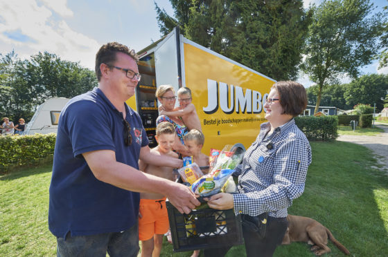 Jumbo opent pick up point op camping