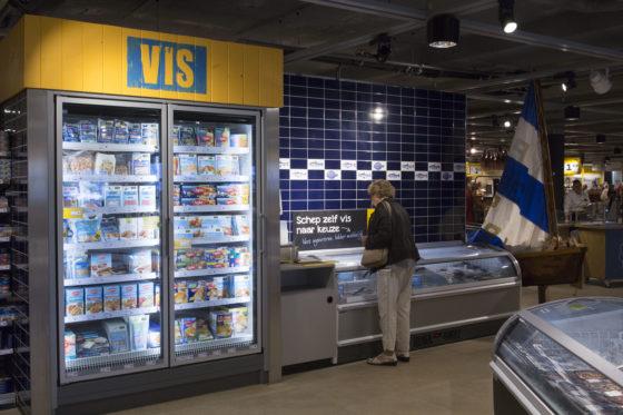 De visafdeling heeft alles bij elkaar, inclusief schepvis. Foto: Koos Groenewold