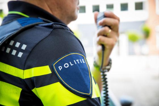 Auto ramt pui van Aldi in Woerden