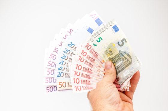 Spar houdt geldautomaat in winkels