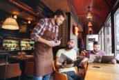 Horeca: flinke prijsstijgingen door wet