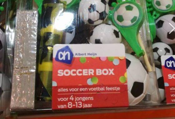 AH haalt 'seksistisch voetbalspel' uit schap