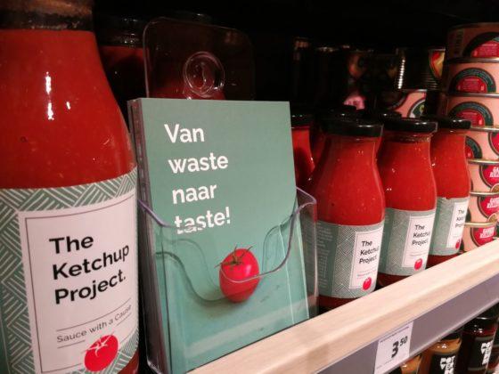 Ook The Ketchup Project staat op het schap in de winkel.