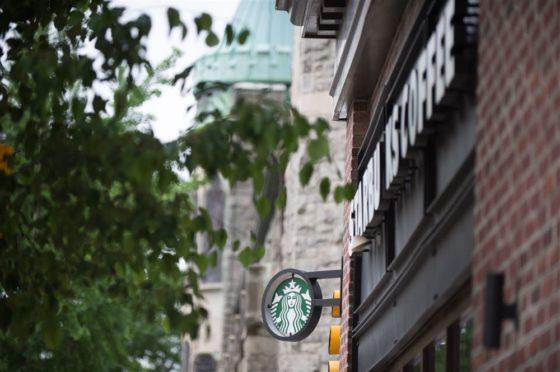 Starbucks stelt groeiverwachting bij