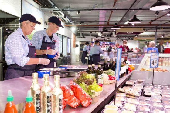 Onderhandelingen supermarkt-cao van start