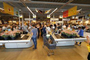 Tien Emté-winkels in oktober om naar Jumbo