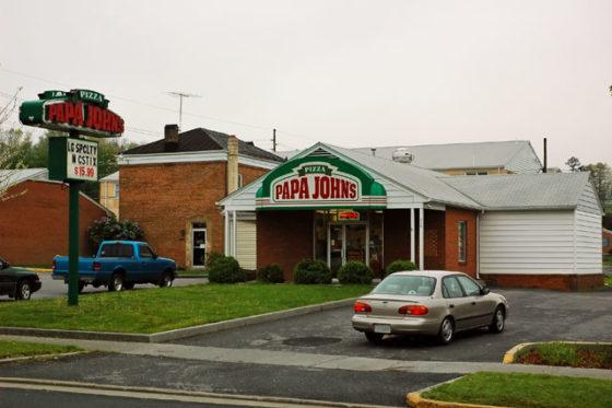 'Papa' John Schnatter stapt op bij pizzaketen