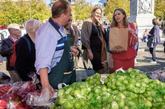 Minister Schouten opent de DAFW tijdens de AH Grootste Groentekraam. Foto: Roel Dijkstra Fotografie