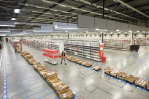 Picnic-distributiecentrum Rotterdam geopend