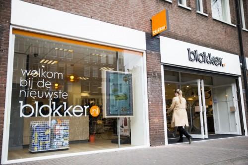 Familie zet Blokker in de etalage
