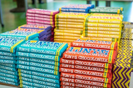 Repenrel tussen Aldi en Tony's Chocolonely