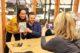 Teun van der keuken signeert zijn boek supermarkt survivalgids 80x53