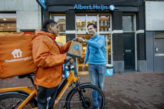 AH To Go in zee met Thuisbezorgd.nl