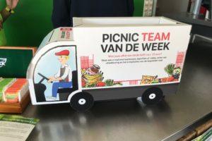 FNV in actie voor hoofdkantoor van Picnic