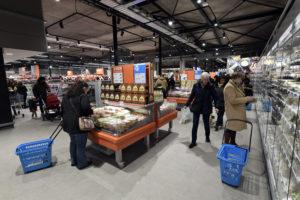 Supermarkt blijft iets achter in eerste kwartaal