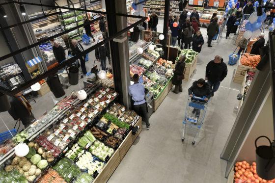 De winkel verdubbelde in oppervlakte en meet nu 2500 m2.
