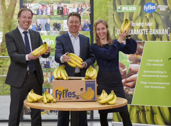 Plus komt met eerste klimaatneutrale banaan