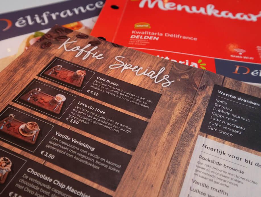 De koffiespecialiteiten zijn door de ondernemer zelf ontwikkeld