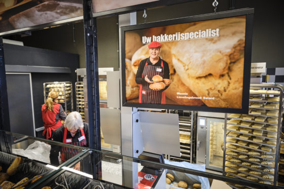 (C) Roel Dijkstra / Joep van der Pal   Alblasserdam - opening filiaal Dirk