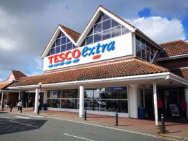 Tesco-baas vraagt om tax online verkopen