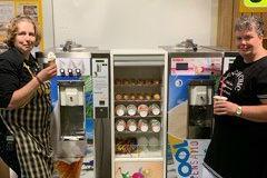Jumbo Renesse verrast klanten met ijs- en milkshake