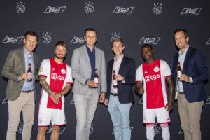 Heineken-uitdager Bud sponsor Ajax
