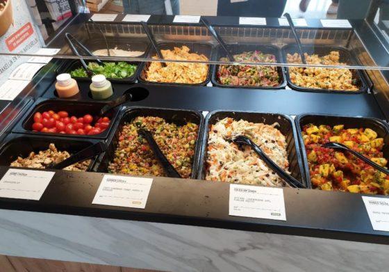 AH test saladebar van Delhaize-partner
