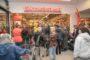 Dirk opent eerste winkel in Gouda
