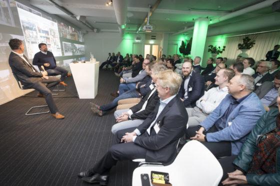 Gert Boonen in gesprek met hoofdredacteur Peter Garstenveld
