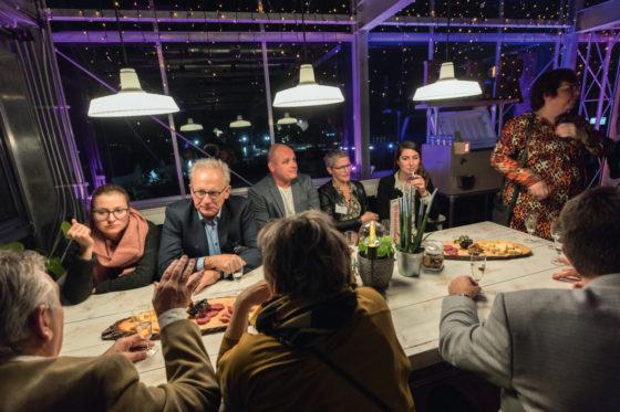Er werd door de ondernemers flink genetwerkt en bijgepraat bij de duurzame evenementenlocatie De Kas in Woerden