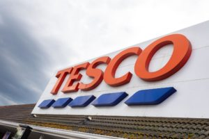 Kerstreclame Tesco gaat 'Back to the future'